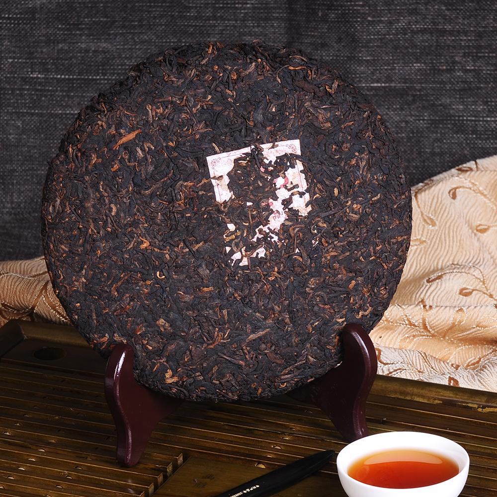 【滋恩】勐海陈香普洱茶饼熟茶357g*25_4